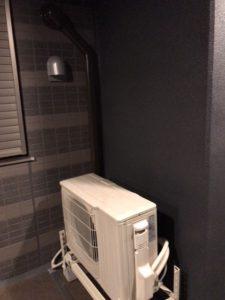 エアコン取り付け室外化粧カバー施工例 愛知県名古屋市昭和区にて